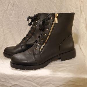 Shoe dazzle Lucy boots, size 9, black, zip, NWOB